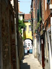 Narrow street in Salute